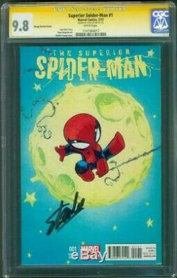 Superior SPIDER MAN 1 CGC SS 9.8 Stan Lee Auto Exclusive Young Variant Cover