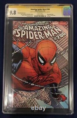 Amazing Spider-man #700 Quesada Variante Cgc 9.8 Signé-stan Lee Le 91ème Anniversaire