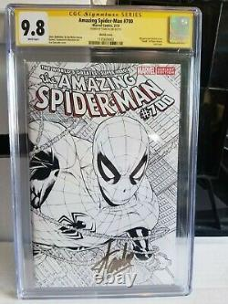 Cgc Ss 9.8 Amazing Spider-man #700 White Pages Stan Lee Sketch Var. Signe D'or